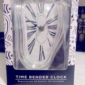 Time Bender Clock